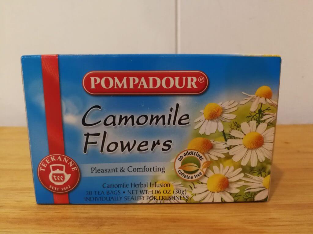 noncaf-chamomile-tea01
